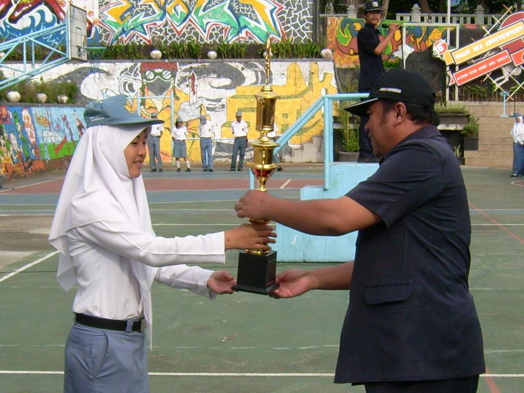 Juara II Karawitan